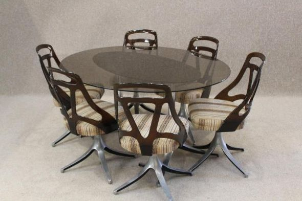 retro dining set details