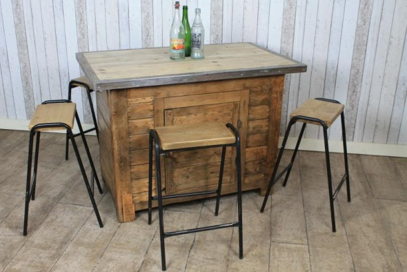 Vintage Industrial Kitchen Island : This is a beautiful large vintage industrial kitchen island.