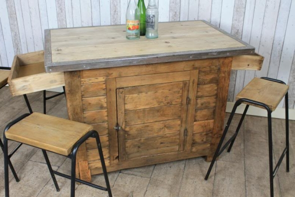 Large vintage industrial pine kitchen island work benchvintage industrial retro - Vintage kitchen features work modern kitchen ...