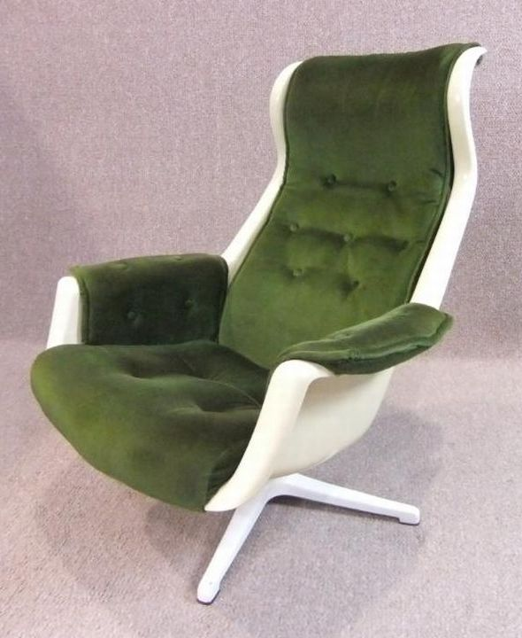 vintage-swivel-chair