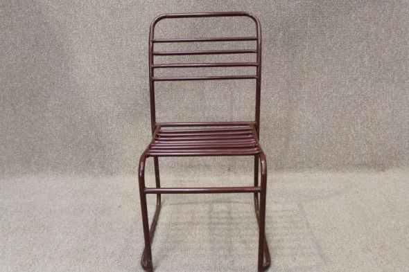 sprung-stacking-chair