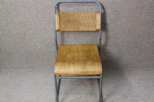 metal-stacking-chair