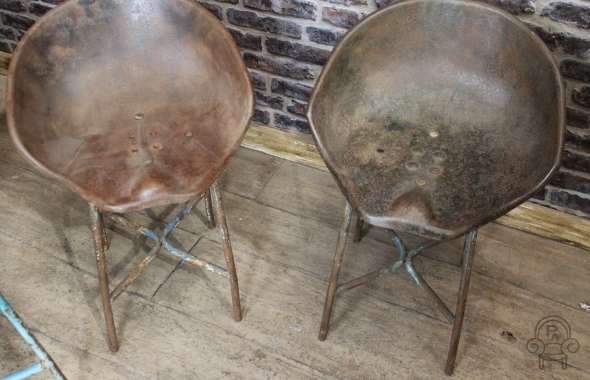 vintage tractor chair stool & INDUSTRIAL VINTAGE TRACTOR SEAT STOOLS islam-shia.org