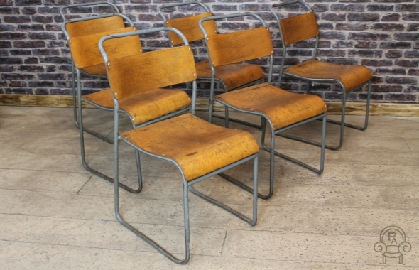 SC480 St. Ives stacking chair001.jpg