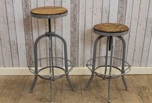 vir grey ind stool001.jpg