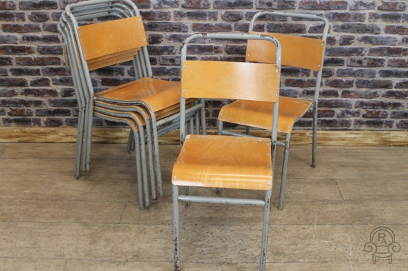 SC384 Wooden stacking chairs2